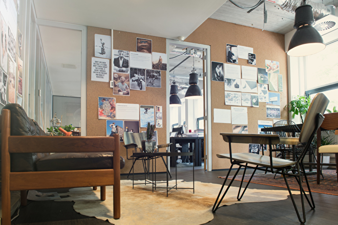 Kantoor Amsterdam kurk styling creatief interieur