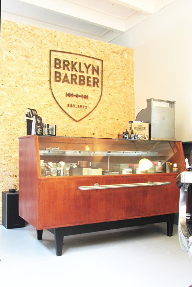 interieur styling barbershop toonbank