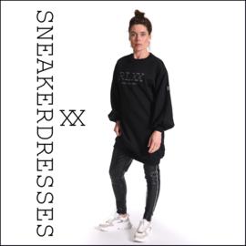 Sneaker dresses Long Black