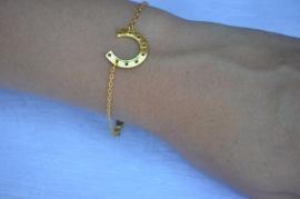 Hoefijzer bracelet