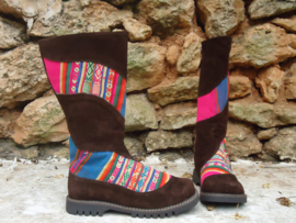 Unique Tribal Boots (brown)
