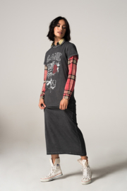 Iconic27 - Long Guitar Dress- Faded Black