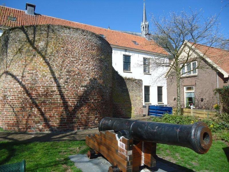 Rondleiding langs Poorten en Muren Harderwijk met Gids