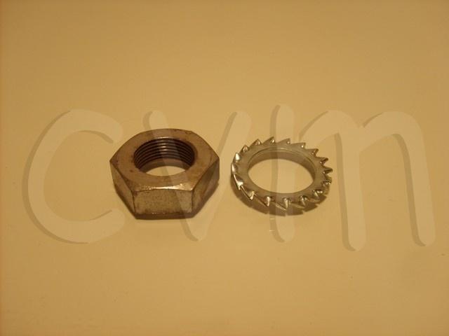 Moer en ring op remslang