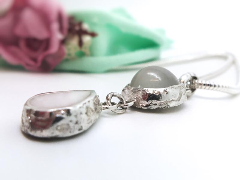 Moedermelk hanger- en ketting combinatie druppel maansteen