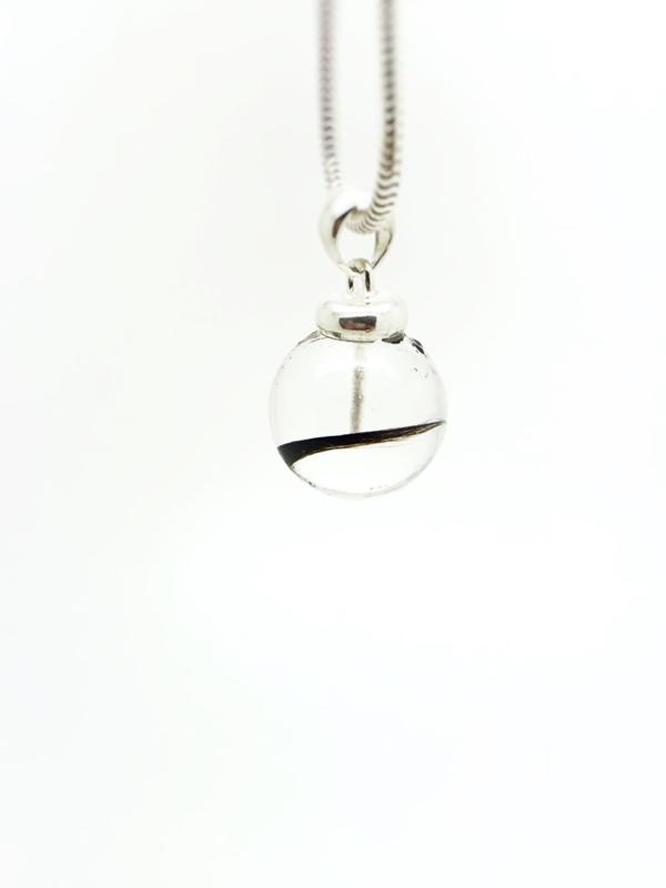 Haarlok hanger/ ketting Pearl