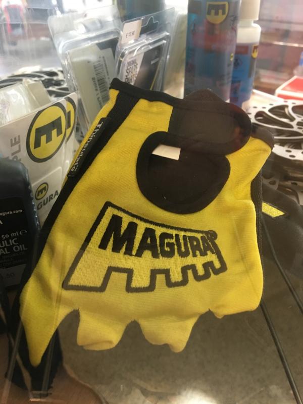 Magura handschoenen