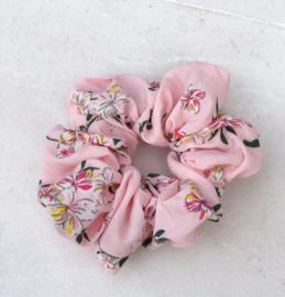 Scrunchie bloemetjes licht roze