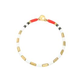 Armband met wit & gouden kraaltjes