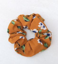 Scrunchie bloemetjes caramel