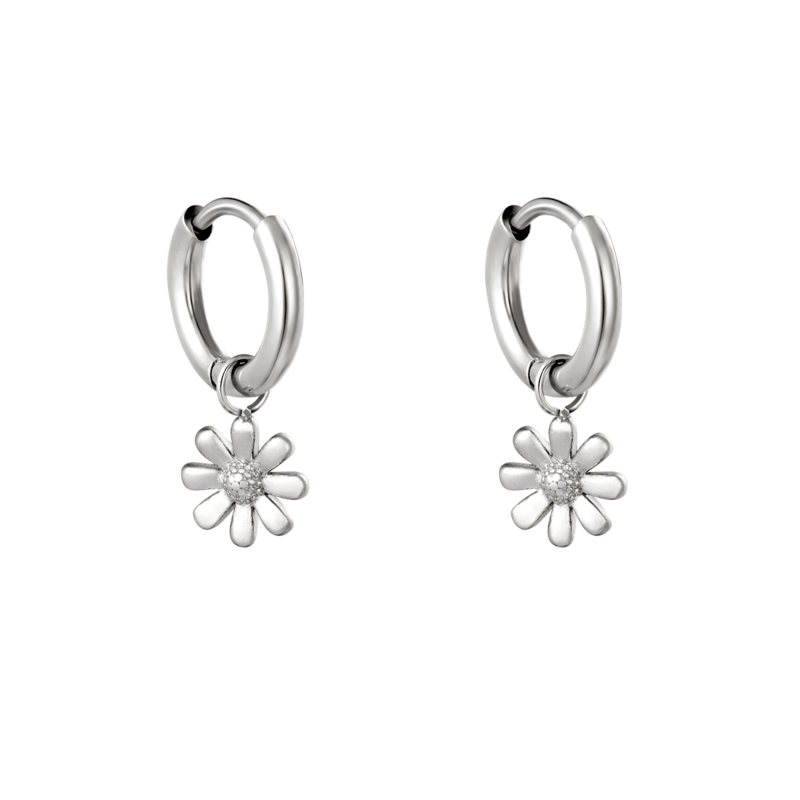 Oorringetjes  daisy- zilver