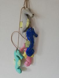 Hanger 4 zeepaardjes kleur