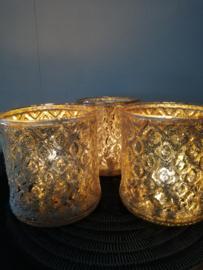 Glazen kaarsenhouder goud 9 x 8,5 cm