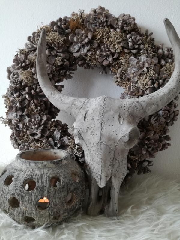 Skull cementlook 40cm