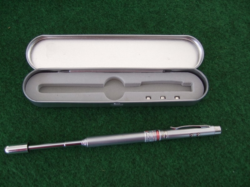 Laserpen met magneet en aanwijsstok