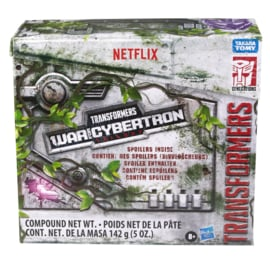 Hasbro Netflix Series Leader Unboxing 3