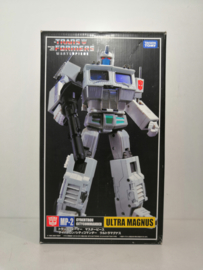 Takara MP-2 Ultra Magnus