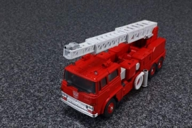 Takara Masterpiece MP-33 Inferno