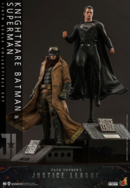 Hot Toys Zack Snyder's Justice League AF 2-Pack 1/6 Knightmare Batman and Superman - Pre order