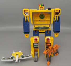 Hasbro G1 Soundwave By J. Balvin - Pre order
