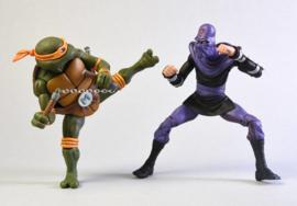 NECA TMNT Action Figure 2-Pack Michelangelo vs Foot Soldier