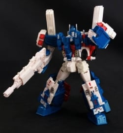 X2Toys XT009 Upgrade Kit Combiner Wars Ultra Magnus
