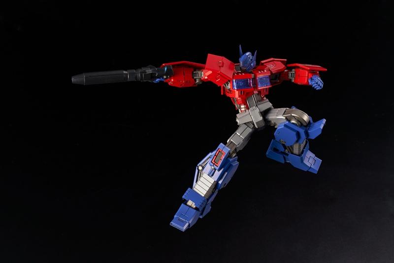 Flame Toys Furai Model Optimus Prime [IDW ver.]