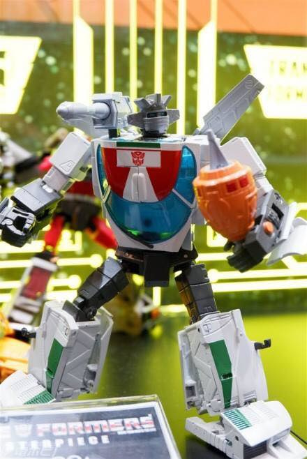 Takara MP-20+ Wheeljack