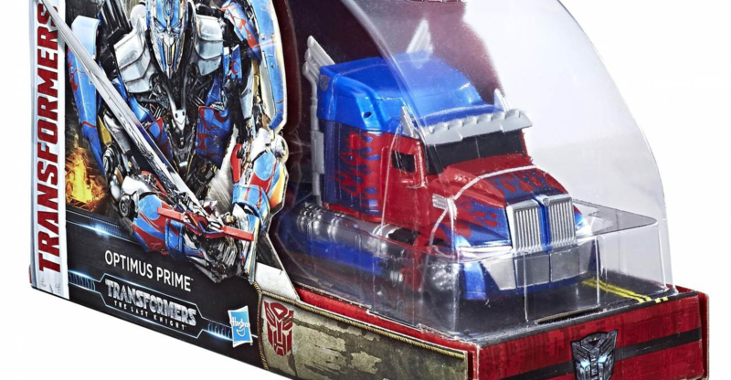 SDCC Voyager Optimus Prime