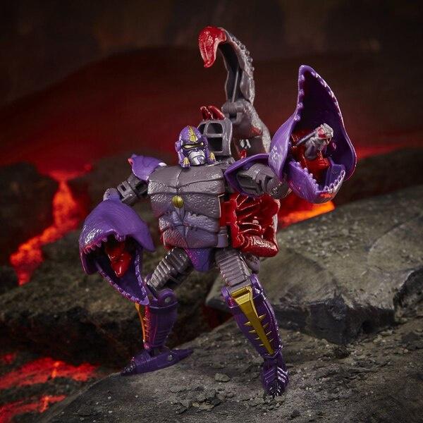 Hasbro WFC Kingdom Deluxe Scorponok - Pre order