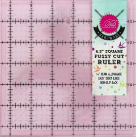 "TULA PINK - 6,5"" Square Fussy Cut Ruler - 6,5 x 6,5 inch"