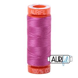 Aurifil Quiltgaren- MAKO 50 - 200 meter - Kleur: 2588 - Light Magenta