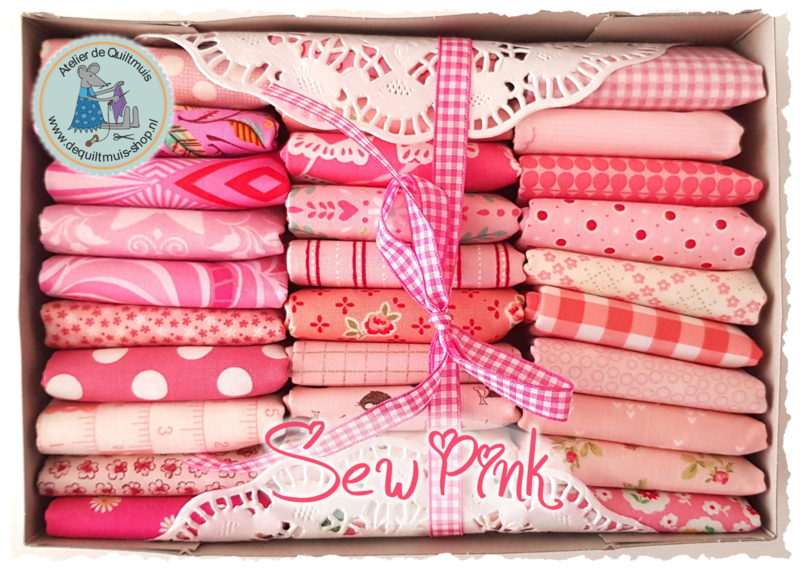 Quiltmuis Fabric Box 'Sew Pink' - 30 stoflapjes Sweet Sixteen