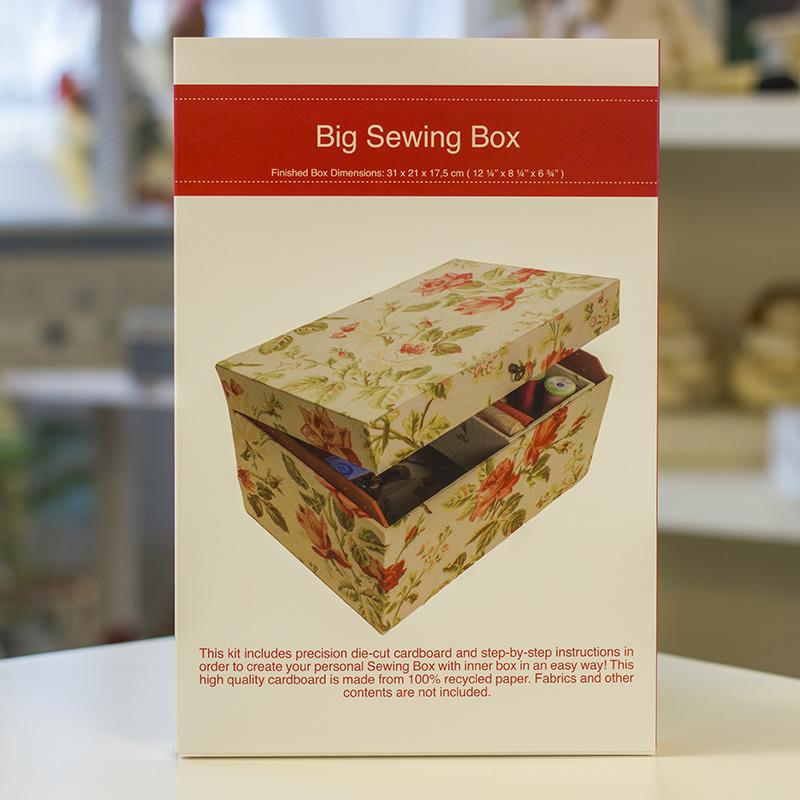 Kartonnage - Big Sewing Box (Naaidoos met binnenwerk)