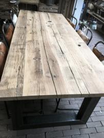 Oude spoorweg planken wagon tafel 200x50 met ijzeren u poot