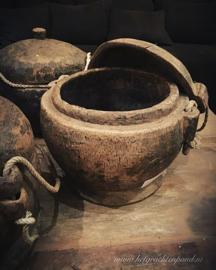 Oude houten opberg pot uit India