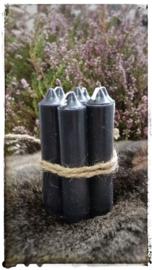 Kaarsen 7 stuks kleur zwart 11 cm