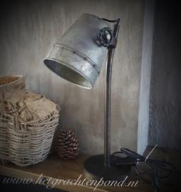 Bureaulamp 50 cm hoog met ronde voet