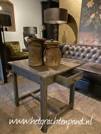 JAN -  klein meubelen