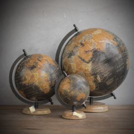 Wereld bol maat 20x22x29 (middelste maat)