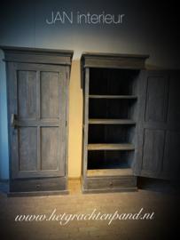 "Kast "" Rembrand"" 1 deurs met lade met leg planken maat ong 200 x 80 x 50 bovenrand 90,5"