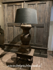 Grote houten lamp xxl maat 25x25x 80 cm (80 bovenkant fitting