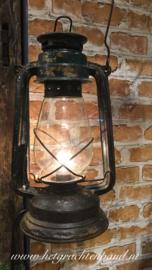 Oude Olielamp met elektra! Met snoer