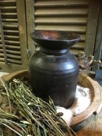 Oude houten nepaleze pot donker aktie 26-32 hoog