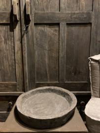 Orginele oude houten schaal dia ong 40cm  Aura Peeperkorn