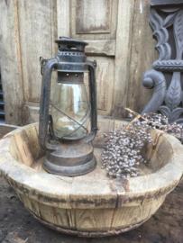 Oude olijfbak gemiddeld tussen de 40-59 cm