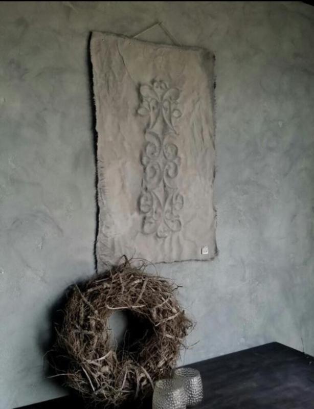 110/120 x 85cm kalkverf doek met ornament