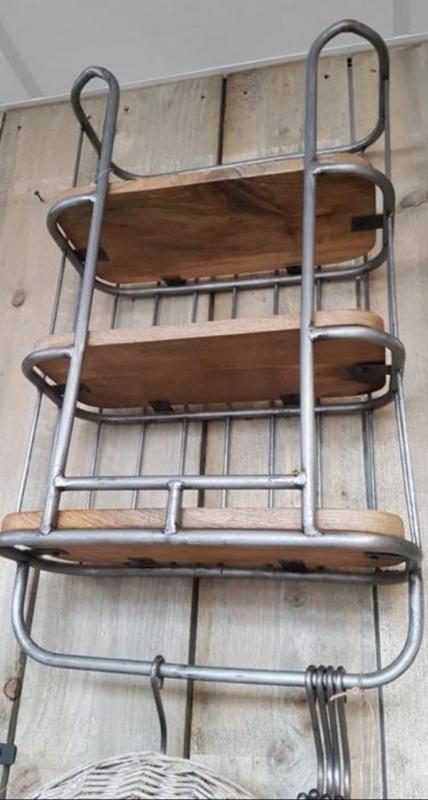 Bakkersrek staal met hout 3 laags maat 40x70x20 kleur staal