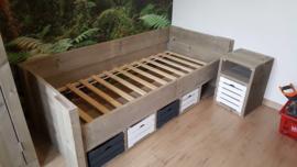 Kinderbed steigerhout Arnold 90 x 200 cm