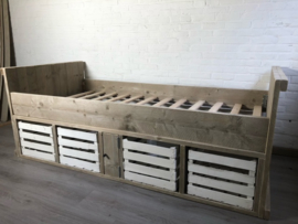 Kajuitbed Teun met vintage kratjes - 90 x 200 cm